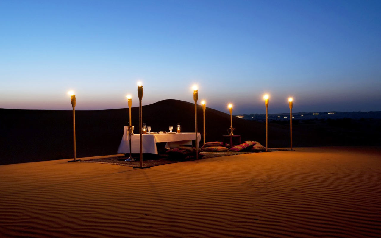 dinner at thar desert camp, best thing to do on luxury tours of India