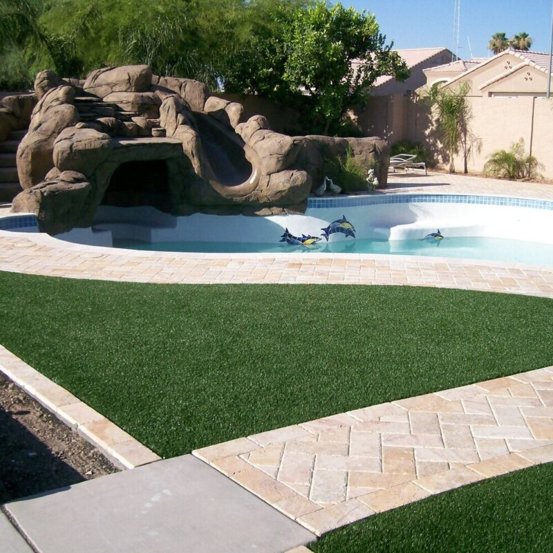Can You Put Artificial Turf Around a Pool?