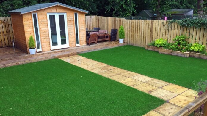 why is the Artificial Grass Best to Use in the Home Garden?